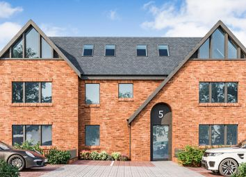Highland Road, Purley CR8. 3 bed flat for sale