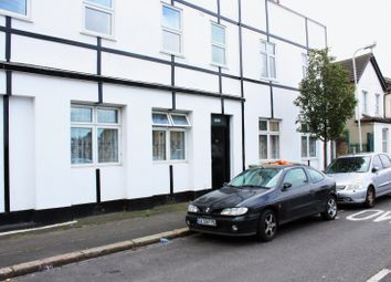 Thumbnail 1 bed flat to rent in Cemetery Road, London
