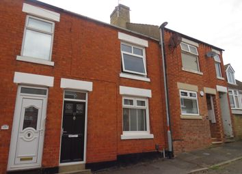 Thumbnail 2 bed property to rent in Cross Street, Rothwell, Kettering