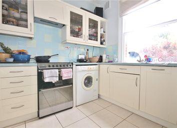 Thumbnail 2 bed flat to rent in Gleneldon Road, London