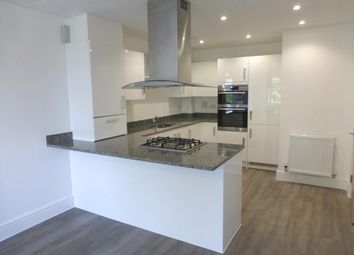 Thumbnail 1 bed flat to rent in Bhamra Gardens, Maidenhead
