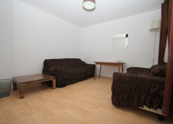 Thumbnail 4 bedroom terraced house to rent in Alloway Road, Bow