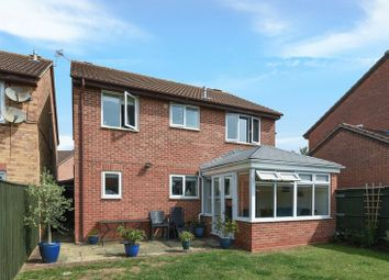 Thumbnail 4 bed detached house for sale in Kysbie Close, Abingdon