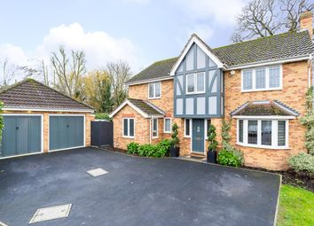 4 bed property for sale in Mylne Close, Cheshunt, Waltham Cross EN8