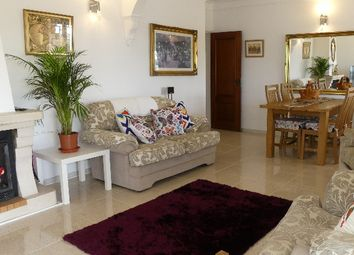Thumbnail 3 bed villa for sale in Moncarapacho E Fuseta, Olhão, East Algarve, Portugal