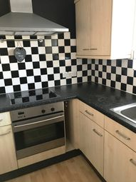 Thumbnail 2 bedroom flat to rent in Beecot Lane, Walton On Thames