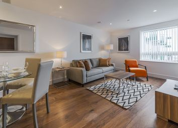 Thumbnail 1 bedroom flat to rent in Duckman Tower, 3 Lincoln Plaza, Canary Wharf, London