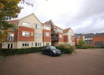 Thumbnail 1 bed flat to rent in Junction Road, Romford