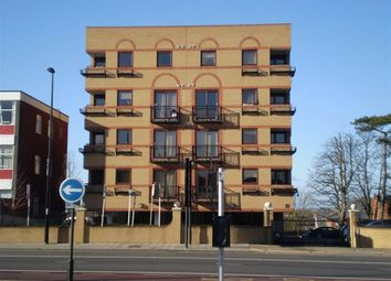 Thumbnail 3 bed flat to rent in Chiltern House, Aylesbury