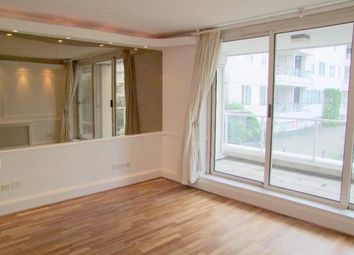 Thumbnail 1 bed flat to rent in Kings Quay, Chelsea Harbour