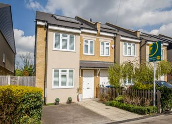 Thumbnail 3 bed property for sale in Highfield Road, Winchmore Hill