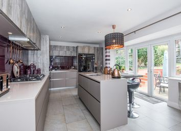 Thumbnail 6 bed detached house for sale in Deanway, Chalfont St Giles