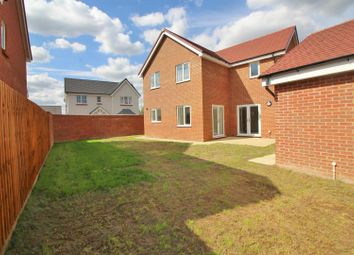 Thumbnail 4 bed detached house to rent in Turners Hill, Cheshunt, Waltham Cross