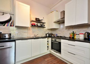 Thumbnail 4 bed flat to rent in Battersea Park Road, Battersea