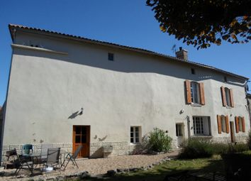 Thumbnail 5 bed property for sale in Poitou-Charentes, Charente-Maritime, Haimps