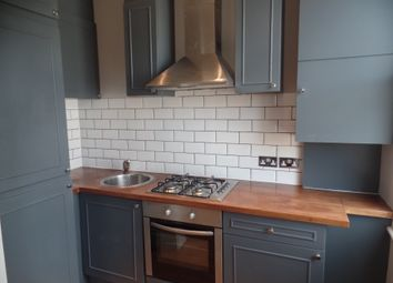 Thumbnail 1 bed flat to rent in Sternhold Avenue, Streatham Hill