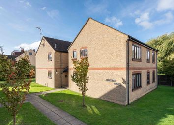 Thumbnail 1 bed flat to rent in Kingfisher Court, Willowmead, Dorking
