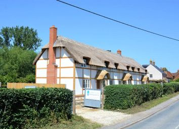 Thumbnail 3 bedroom cottage for sale in High Street, Milton