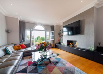 Burgess Park Mansions, Fortune Green Road, West Hampstead NW6. 3 bed flat