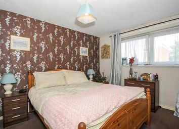Thumbnail Room to rent in Belle Vue Estate, London