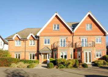 Thumbnail 2 bed flat to rent in Templeside Gardens, West Wycombe Road