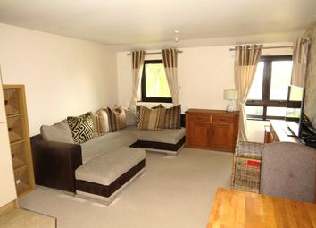 Thumbnail 2 bed flat to rent in Blackwater Lane, Crawley