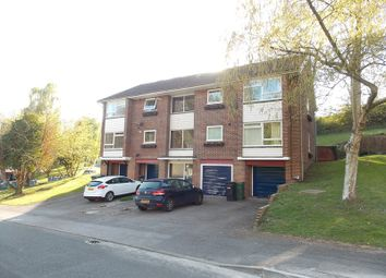 Thumbnail 2 bedroom flat for sale in Starlings Drive, Tilehurst, Reading