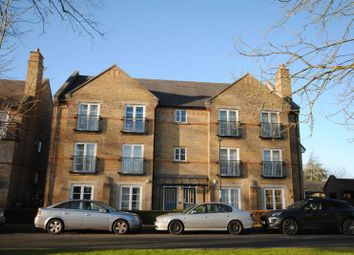 Thumbnail 2 bed flat for sale in Coldstream Road, Caterham