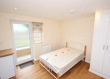 Thumbnail 1 bedroom flat to rent in Sandfield Road, Headington, Oxford