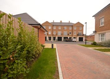 Thumbnail 1 bed flat to rent in Rainbow Road, Erith