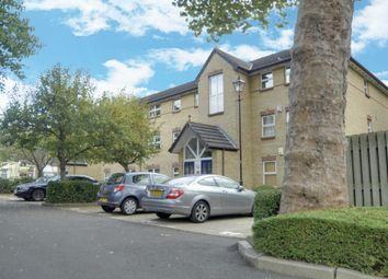 Thumbnail 2 bedroom flat for sale in Monmouth Close, Chiswick