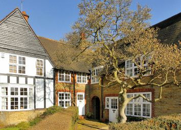Thumbnail 3 bed cottage for sale in Westholm, Hampstead Garden Suburb