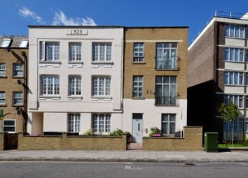 Thumbnail 3 bed flat to rent in White Horse Lane, Stepney