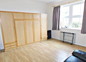 Thumbnail Studio to rent in Priory Road, High Wycombe