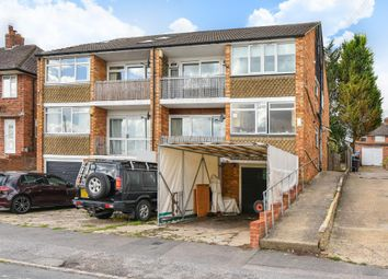 Thumbnail 2 bed maisonette to rent in Chiltern Avenue, High Wycombe