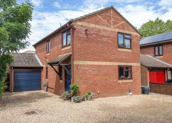 4 bed detached house for sale in The Rushes, Marchwood, Southampton SO40