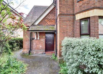 Thumbnail 1 bed maisonette to rent in Station Road, Bourne End