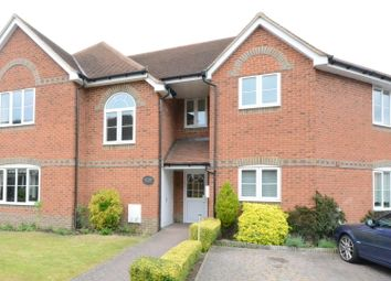 Thumbnail 1 bed flat to rent in Rectory Close, Wokingham