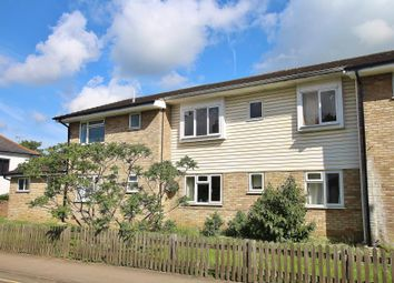 Thumbnail 2 bed flat to rent in High Street, Knaphill, Woking