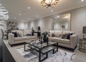 Thumbnail Flat for sale in Hillview Gardens, London