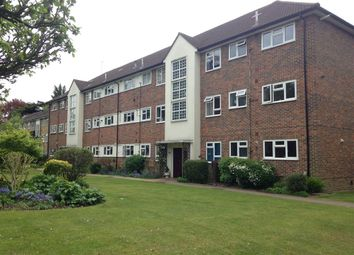 Thumbnail 2 bed flat for sale in Oaklands Court, Hempstead Road, Watford, Hertfordshire