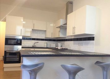 6 bed flat to rent in Alton Place, North Hill, Mutley, Plymouth PL4