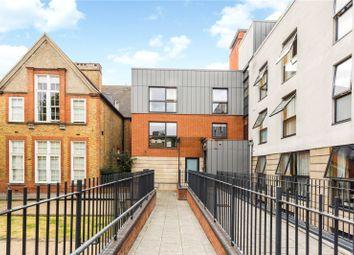 Manson House, Drummond Way, London N1. 3 bed flat