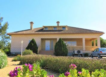 Thumbnail 4 bed country house for sale in Calle Valencia, 03158 Catral, Alicante, Spain