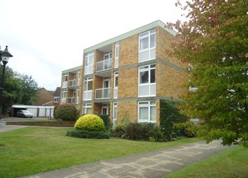 Thumbnail 2 bed flat to rent in Chobham Road, Woking