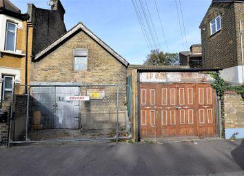 Thumbnail Property to rent in Buckingham Road, Leyton, London