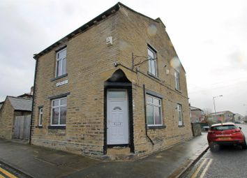Thumbnail 1 bedroom flat to rent in Crag Road, Shipley
