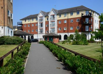 Thumbnail 2 bedroom flat for sale in Pettacre Close, Thamesmead West