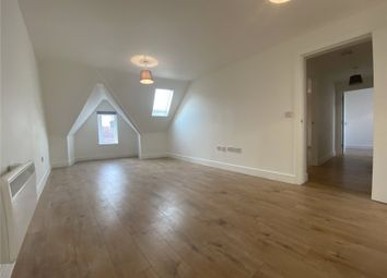 2 bed flat to rent in Station Road, Rainham, Kent ME8