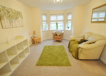 2 bed flat to rent in Chandlers Court, Victoria Dock HU9